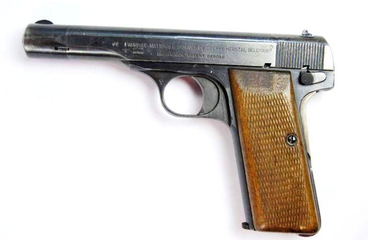 Pistola FN M1922 de Oficial de la Luftwaffe.